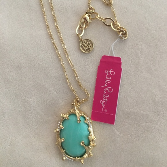 NWT Lilly gold toned turquoise colored necklace